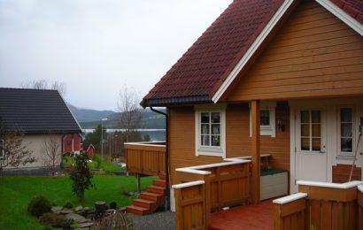 Drewniany, szlachetny dom