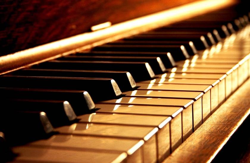 nauka gry na pianinie - wybierz lekcje pianina od SmileFlow Kraków
