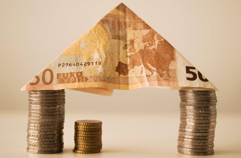 Kowalski i jego wiedza o kredycie hipotecznym